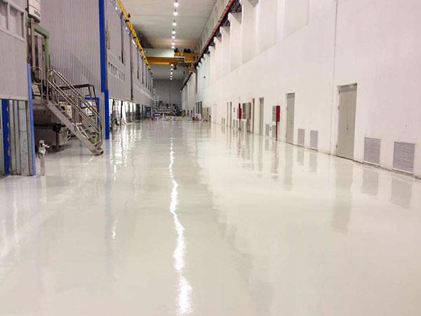 如何正确的使用硬化耐磨地坪