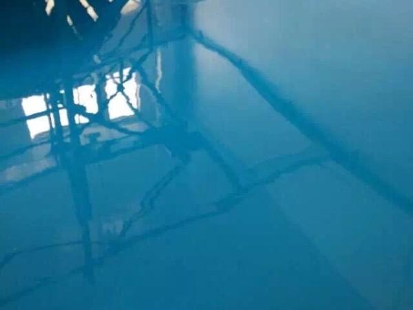 环氧地坪怎样做好防潮与水性环氧地坪漆